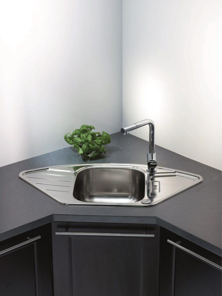 Medium Size of Küchenblende Arbeitsplatte Abdichten Kanten Und Bergnge Obi Wohnzimmer Küchenblende