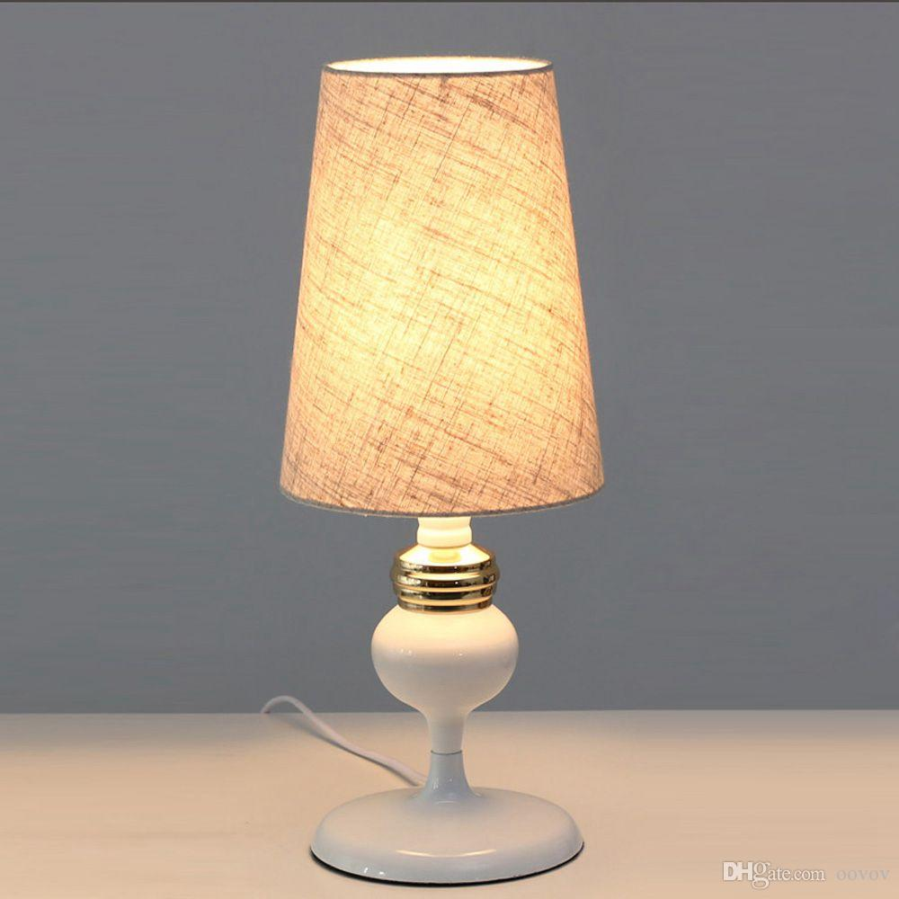 Full Size of Wohnzimmer Lampe Tischlampe Ebay Amazon Tischlampen Ikea Holz Dimmbar Led Oovov Einfache Stoff Tikreative Vorhänge Beleuchtung Liege Hängeschrank Schrank Wohnzimmer Wohnzimmer Tischlampe