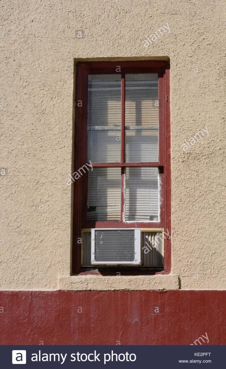 Medium Size of Fenster Klimaanlage Noria Klimaanlagen Abdichten Abdichtung Adapter Schlauch Test Mit Und Geschlossenen Jalousien Stockfoto Sichern Gegen Einbruch Integriertem Wohnzimmer Fenster Klimaanlage