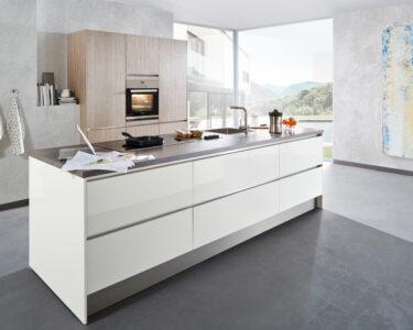 Weiße Küche Wandfarbe Wohnzimmer Kleine Küche L Form Fettabscheider Beistelltisch Mit Elektrogeräten Günstig Weiß Matt Landküche Pantryküche Kühlschrank Pentryküche Einrichten Weißes