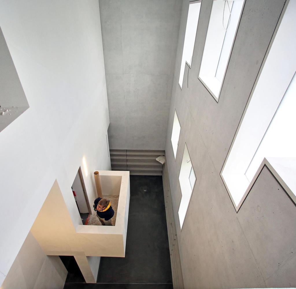 Full Size of Neues Weltkulturerbe Dessau Mit Wieder Aufgebautem Bauhaus Fenster Heizkörper Für Bad Elektroheizkörper Badezimmer Wohnzimmer Wohnzimmer Heizkörper Bauhaus