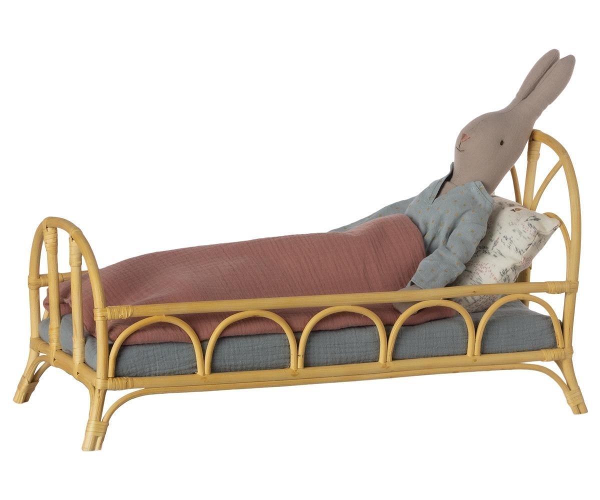 Full Size of Rattan Bett Vintage Medium Von Maileg Gnstig Bestellen Skandeko Jugend Betten Kaufen Günstig Ruf Fabrikverkauf 90x200 Mit Lattenrost Zum Ausziehen Kleinkind Wohnzimmer Rattan Bett Vintage