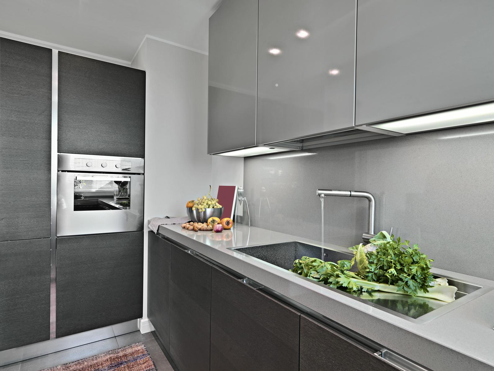 Full Size of Edelstahl Küchen Moderne Edelstahlkche Garten Edelstahlküche Outdoor Küche Regal Gebraucht Wohnzimmer Edelstahl Küchen