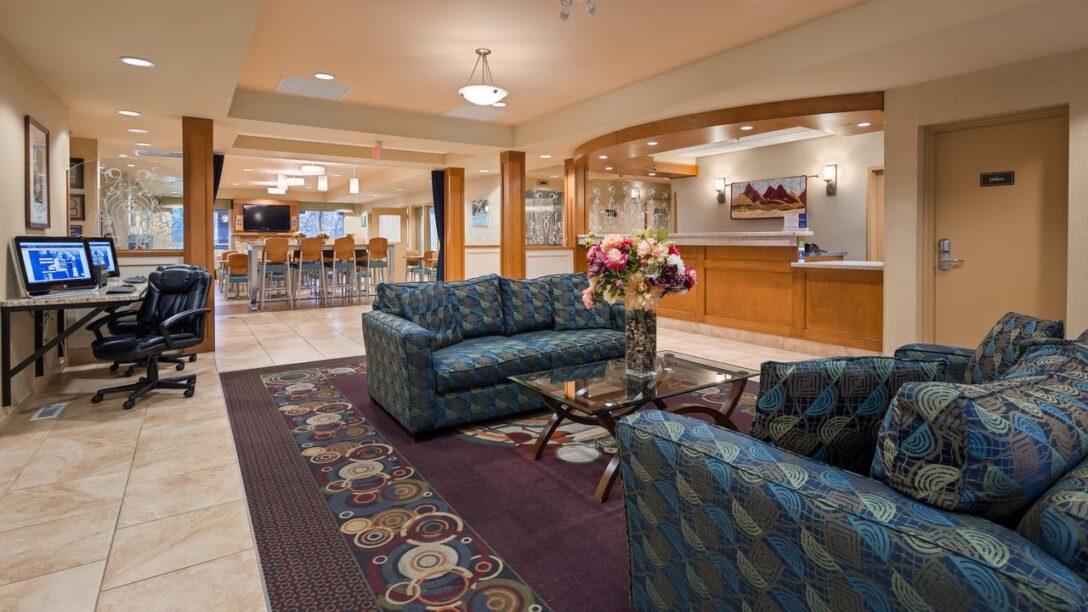 Large Size of Sofa Gruppe Willow Lake Hotel Plus Chemainus Inn Kanada Bookingcom Patchwork Machalke Big Xxl Boxspring Mit Schlaffunktion Ausziehbar Le Corbusier Stilecht Wohnzimmer Sofa Gruppe Willow Lake