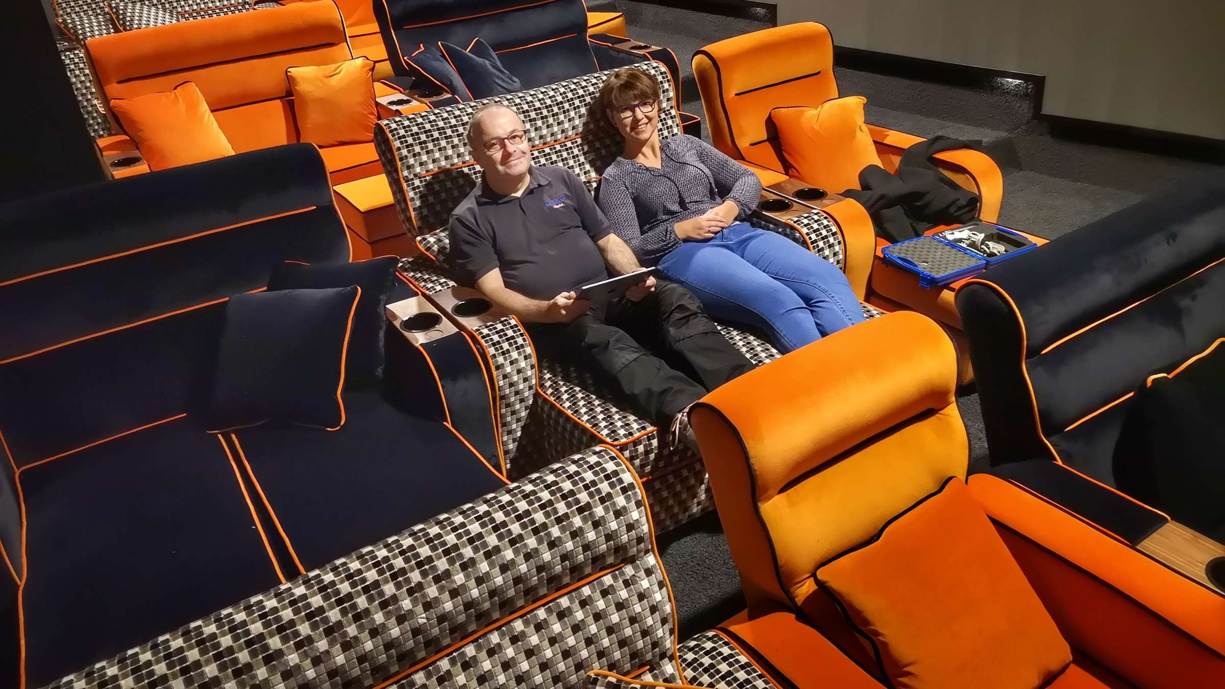 Full Size of Kino Mit Betten Kinos In Kassel Cineplecapitol Erffnet Neues Clubkino Bett Unterbett Trends Balinesische Flexa Einbauküche E Geräten Schlafzimmer Set Wohnzimmer Kino Mit Betten