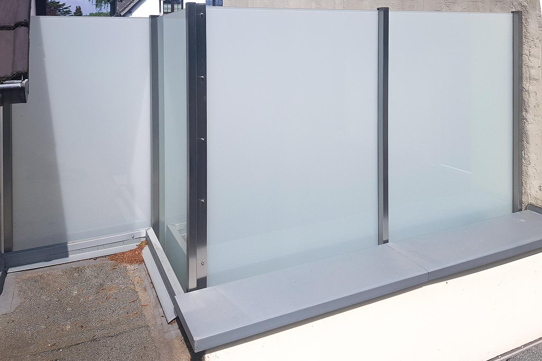 Full Size of Trennwand Balkon Ikea Holz Sondereigentum Metall Obi Glas Garten Glastrennwand Dusche Wohnzimmer Trennwand Balkon