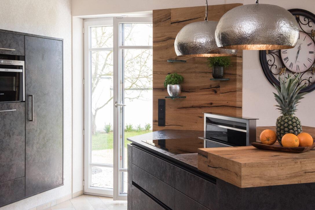 Large Size of Freistehende Küchen Musterkche 9 Kche Kchenplaner Kchenausstellung Kchenstudio Küche Regal Wohnzimmer Freistehende Küchen