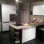 Alno Küchen Weiss Hochglanz Messekche Mit Wandinsel Und Sideboard Küche Regal Wohnzimmer Alno Küchen