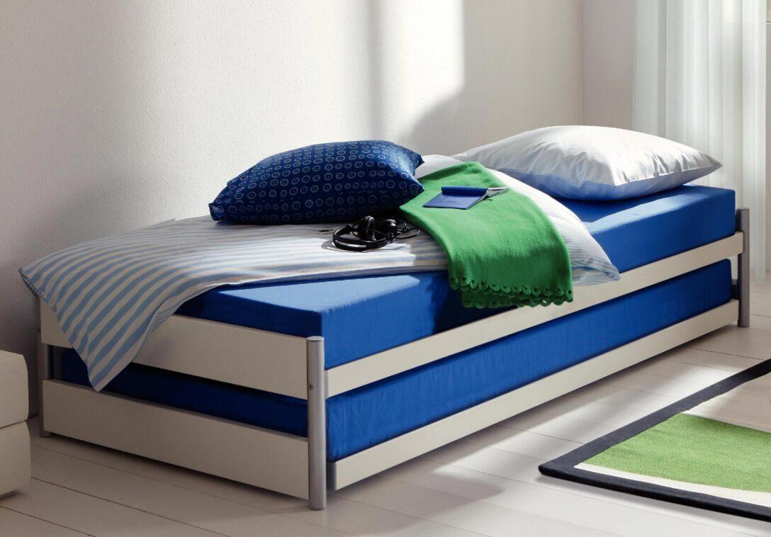 Large Size of Ausziehbett 140x200 Bett Mit Ikea Pully Wei Betten Matratze Und Berlin Modulküche Massivholz Sofa Verstellbarer Sitztiefe Schlafzimmer überbau Hocker Wohnzimmer Bett Mit Ausziehbett Ikea