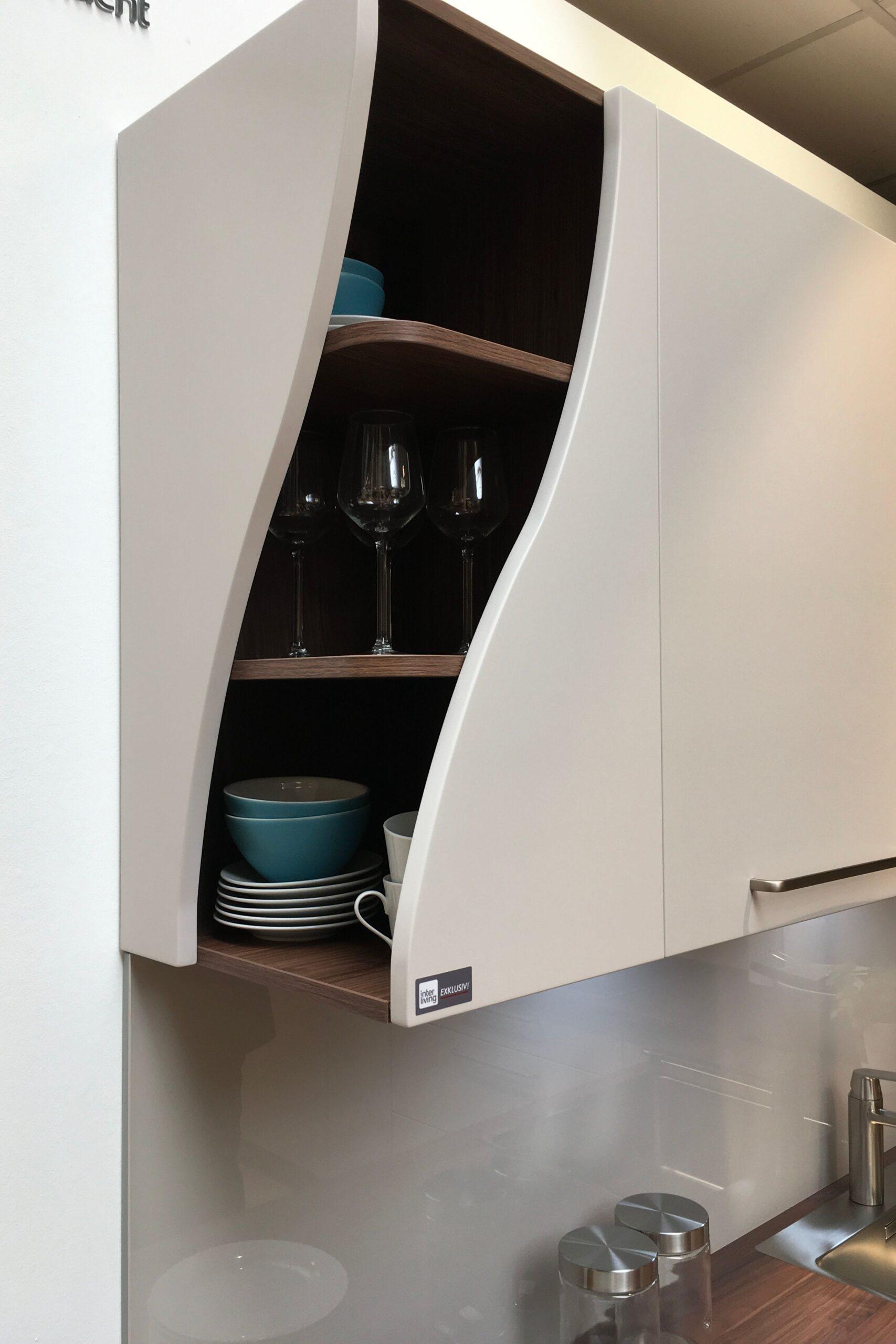Full Size of Eckschränke Küche Kleine Besonderheiten Machen Eine Normale Kche Zur Designkche Waschbecken Sockelblende Pantryküche Mit Kühlschrank Hängeschrank Wohnzimmer Eckschränke Küche