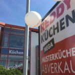 Wegen Komplettumbau Abverkauf Bei Reddy Kchen Inselküche Bad Wohnzimmer Ausstellungsküchen Abverkauf