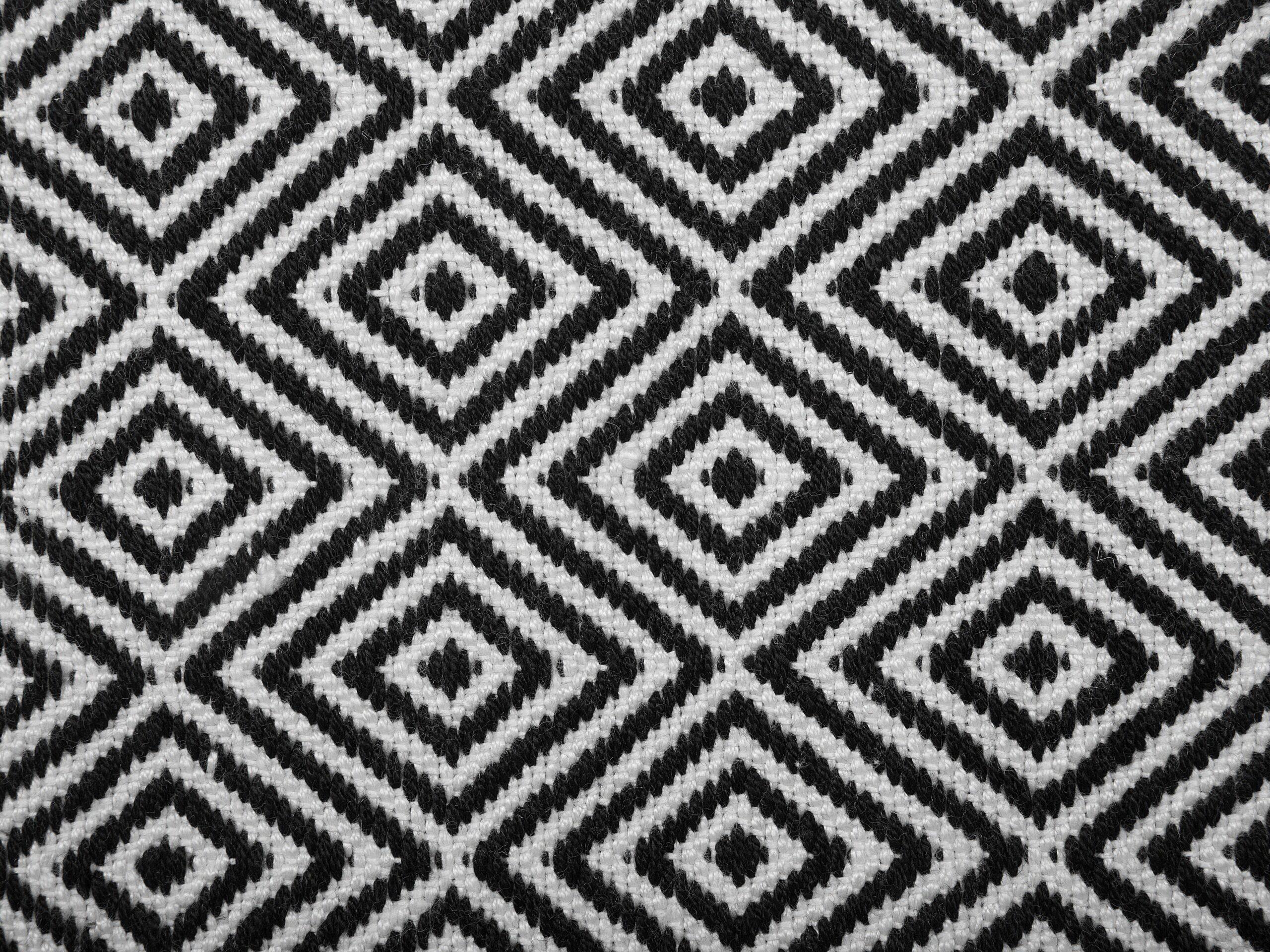 Full Size of Teppich Schwarz Weiß Outdoor Wei 140 200 Cm Imircik Belianide Weiße Betten Küche Regal Hochglanz Bett Mit Schubladen Esstisch Weißes Bad Kommode 140x200 Wohnzimmer Teppich Schwarz Weiß