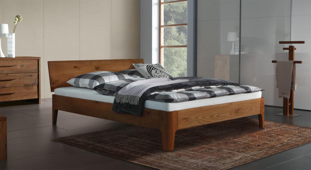 Large Size of Bett Design Holz Massives Doppelbett Oder Einzelbett Lugo Aus Eichenholz Xxl Betten 140x200 Poco Mit Stauraum 160x200 Fliesen In Holzoptik Bad Bettkasten Wohnzimmer Bett Design Holz