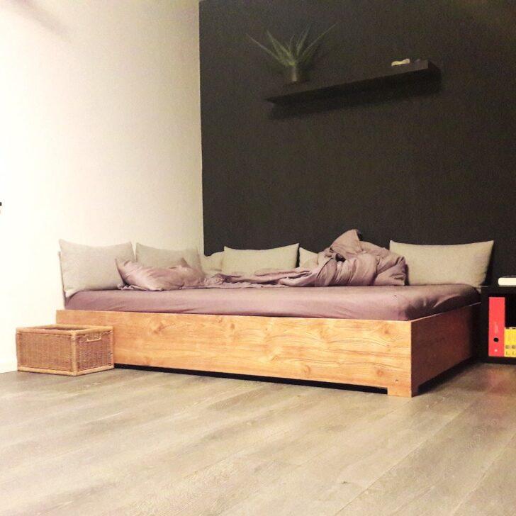 Medium Size of Betten Design Holz Bett Schlicht Massivholz 1762html Halbhohes Rundes Mit Bettkasten 140x200 Tojo Selber Bauen 180x200 Designer Mannheim Esstisch Ausziehbar Wohnzimmer Bett Design Holz