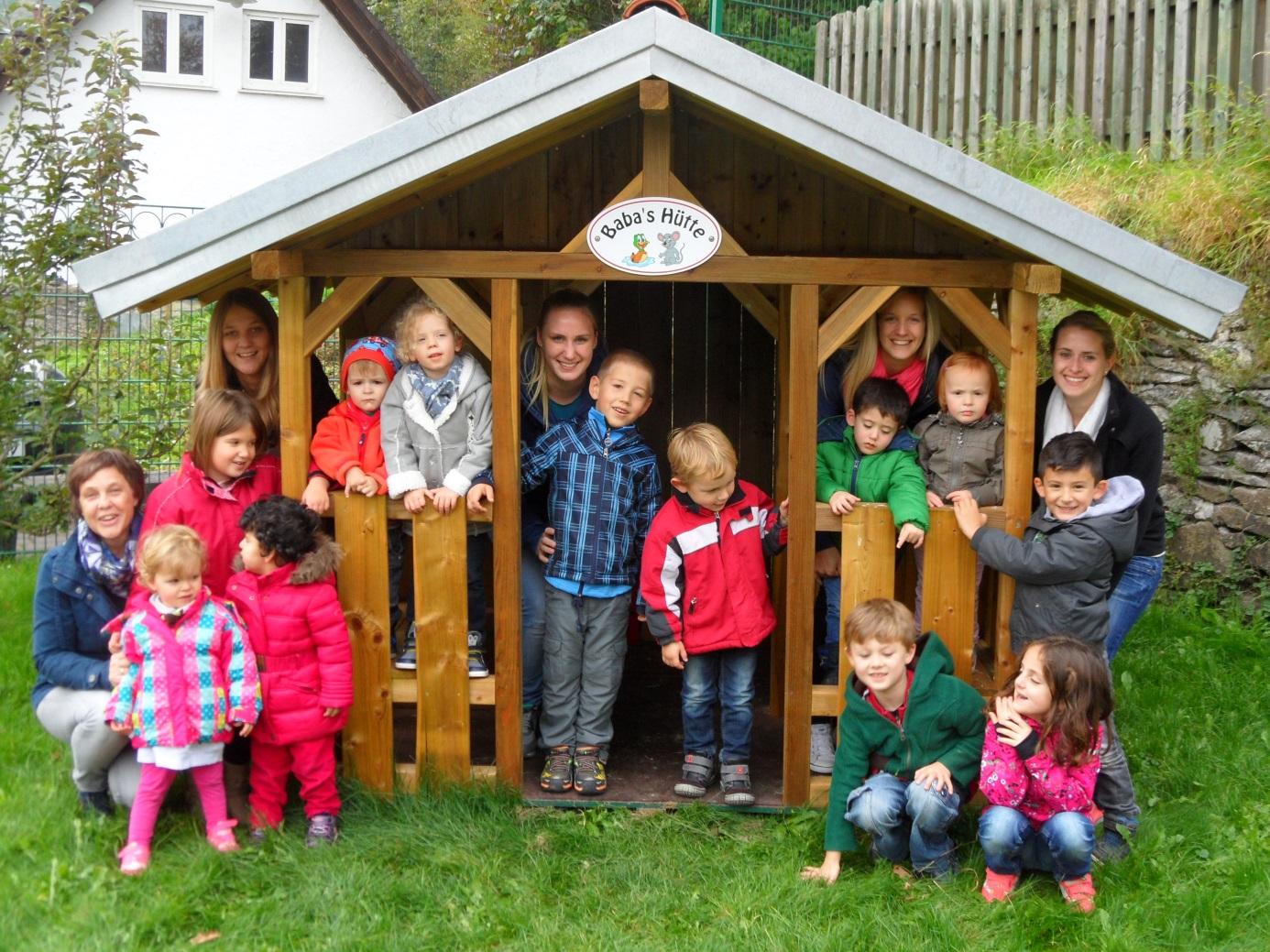 Full Size of Neues Spielhaus Im Kindergarten St Agatha In Bilstein Rattan Sofa Garten Vertikaler Ausziehtisch Pool Guenstig Kaufen Skulpturen Gewächshaus Und Wohnzimmer Spielhaus Kinder Garten