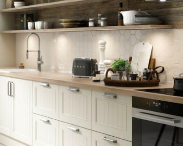 Küche Landhausstil Holz Wohnzimmer Skandinavische Landhauskche Ideen Regal Weiß Holz Schreinerküche Küche Einrichten Grifflose Was Kostet Eine Neue Poco Einbauküche Kaufen Landhausstil