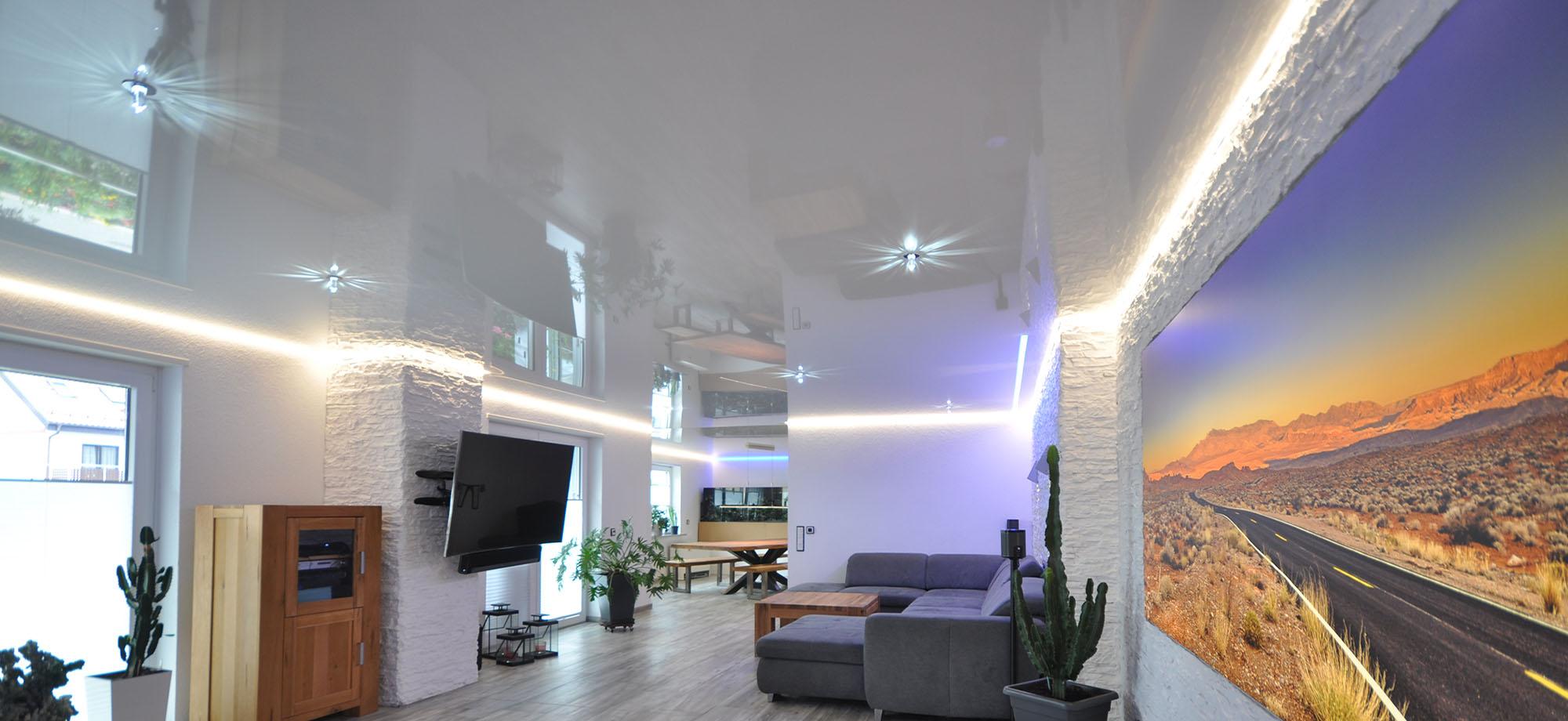 Full Size of Wohnzimmer Wandbild Spanndecke Cbspanndecken Teppich Schrankwand Indirekte Beleuchtung Deckenlampen Für Wandbilder Tapeten Ideen Deckenleuchten Led Tisch Wohnzimmer Wohnzimmer Wandbild