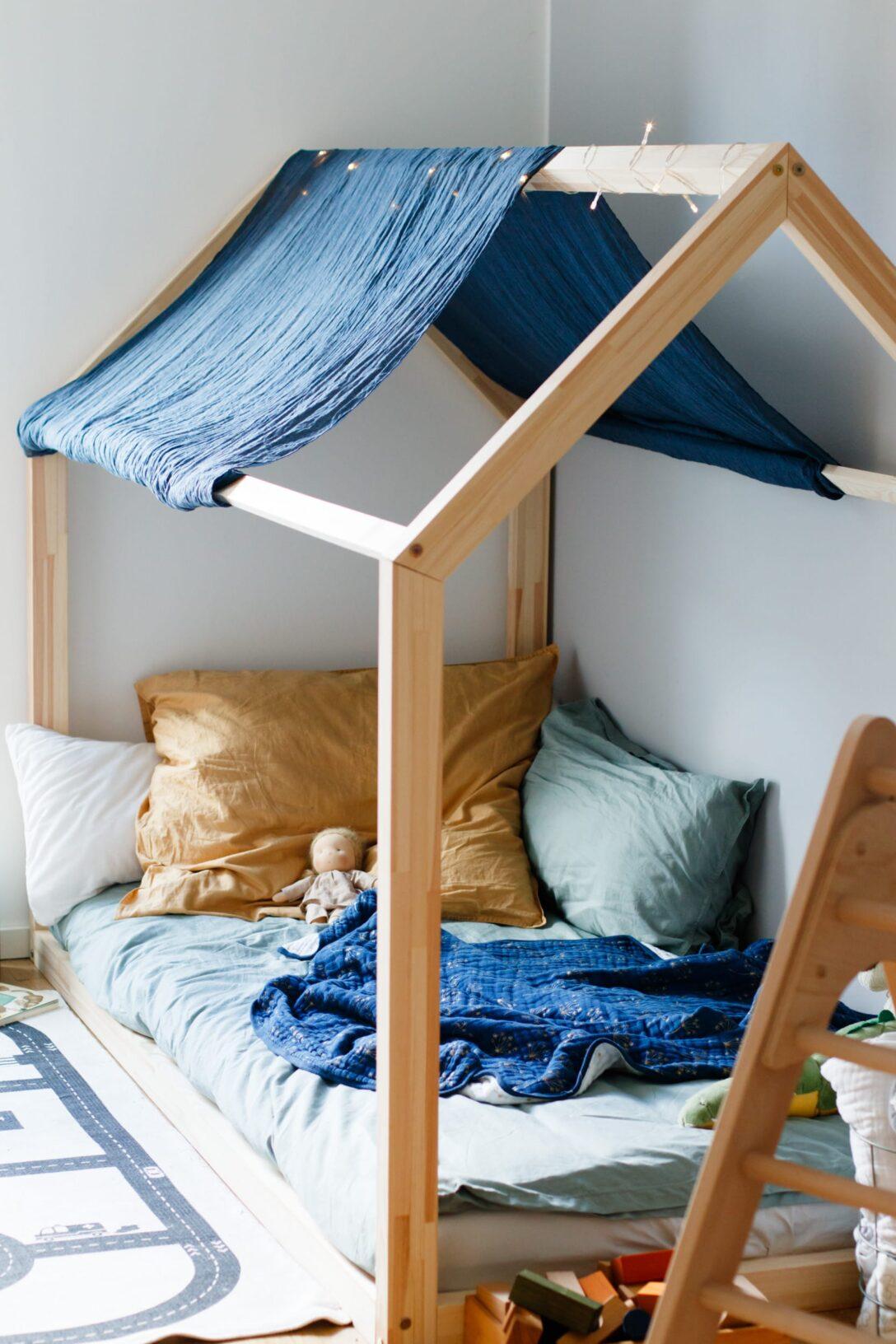 Large Size of Kinderbett Diy Rausfallschutz Bett Hausbett Ikea Obi Haus Kinderbetten Anleitung Fr Floor Bed Nach Maria Montessori Wohnzimmer Kinderbett Diy