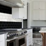 Fliesenspiegel Landhausküche Kche Planen Hornbach Gebraucht Küche Weisse Grau Weiß Glas Moderne Selber Machen Wohnzimmer Fliesenspiegel Landhausküche