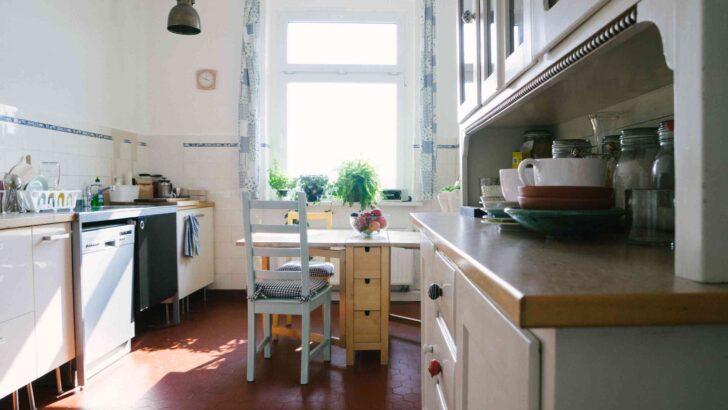 Medium Size of Küche Betonoptik Holzboden Laminat In Der Modul Wandpaneel Glas Polsterbank Hängeregal Hängeschrank Höhe Winkel Teppich Behindertengerechte Beistelltisch Wohnzimmer Küche Betonoptik Holzboden
