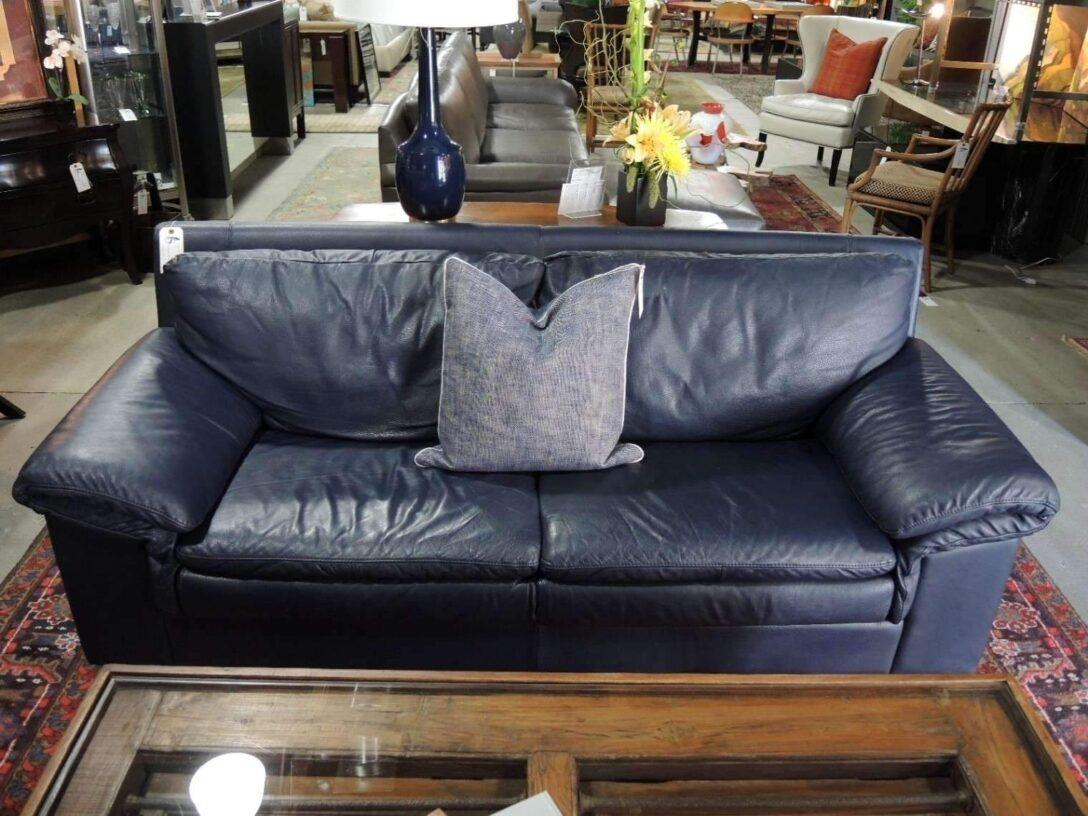 Large Size of Wohnzimmer Liege Einzigartig Lounge Couch Relaxliege Hängeschrank Weiß Hochglanz Anbauwand Deckenstrahler Liegestuhl Garten Led Deckenleuchte Deckenlampen Wohnzimmer Wohnzimmer Liegestuhl