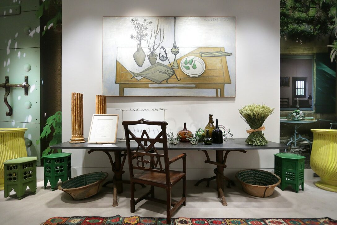 Large Size of Pierre Bergs Personal Collection On View At Sothebys France Kolonialstil Sofa Leinen Günstig Schillig Grau Stoff Elektrisch Wohnlandschaft Big Mit Hocker Wohnzimmer Big Sofa Nadja