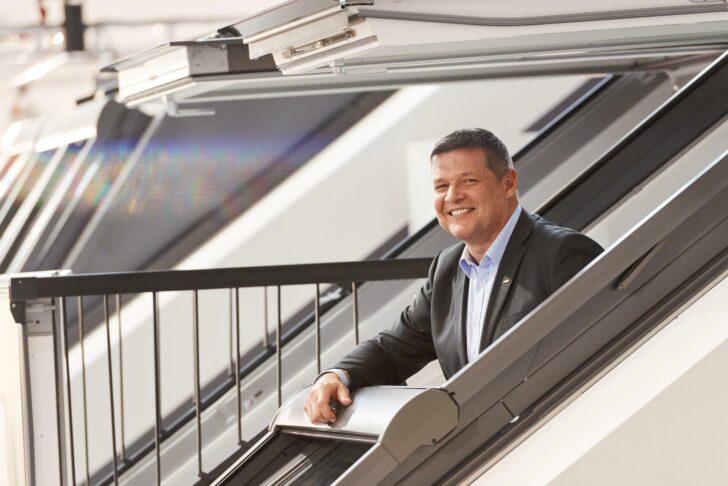 Medium Size of Velux Fenster Preise Kaufen Einbauen Rollo Ersatzteile Wohnzimmer Velux Scharnier