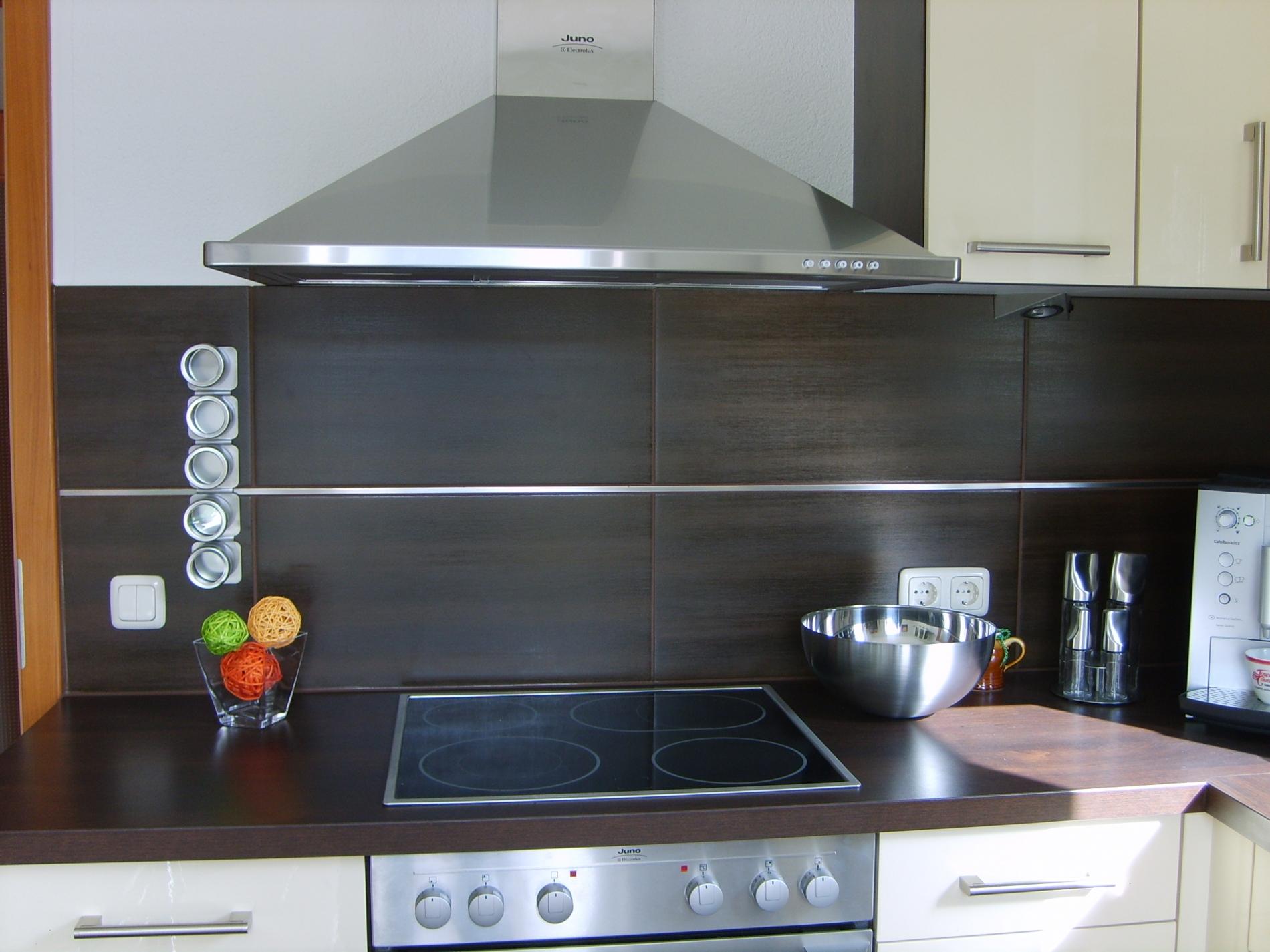 Full Size of Fliesenspiegel Verkleiden Kche Reinigen Retro Modern Bodenbelag Küche Glas Selber Machen Wohnzimmer Fliesenspiegel Verkleiden