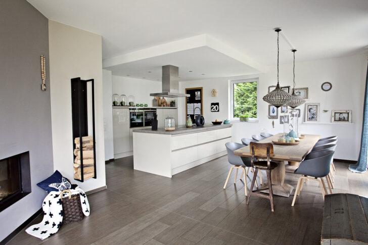 Medium Size of Küche Sitzecke Alno Inselküche Lüftung Mintgrün Landhausstil Unterschränke Hängeschrank Höhe Deckenlampe Zusammenstellen Arbeitsplatte Eiche Ohne Wohnzimmer Offene Küche Ikea
