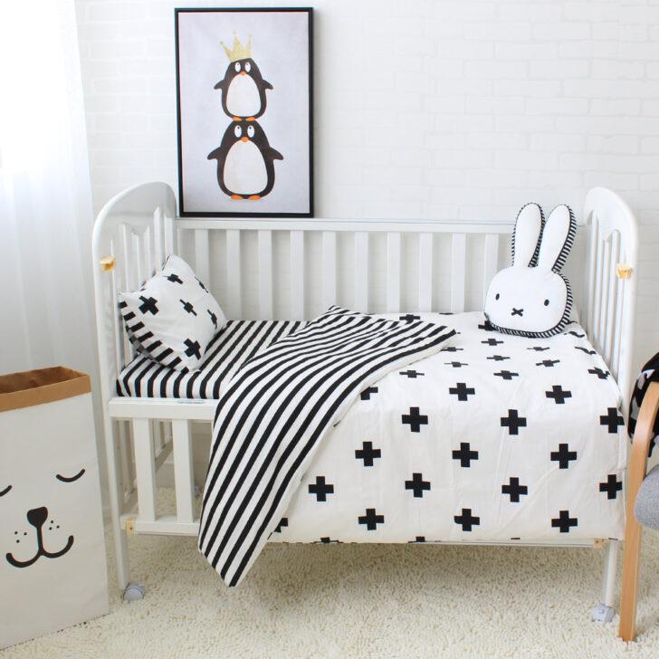Medium Size of Babybett Schwarz Rabatt 2020 Baby Krippen Bltter Gesetzt Im Angebot Auf Schwarze Küche Schwarzes Bett Weiß 180x200 Wohnzimmer Babybett Schwarz