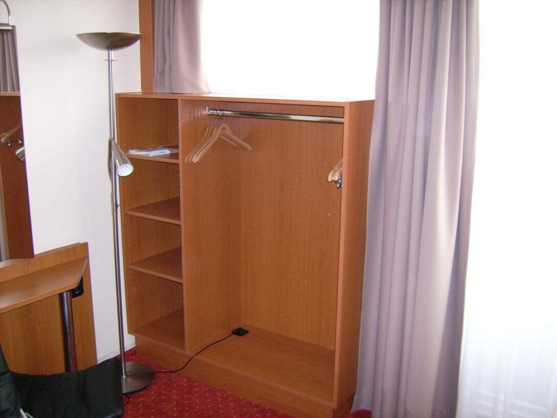 Large Size of Fensterfugen Erneuern Hoteleinrichtung Fenster Erneuert Innenausbau Kosten Bad Wohnzimmer Fensterfugen Erneuern