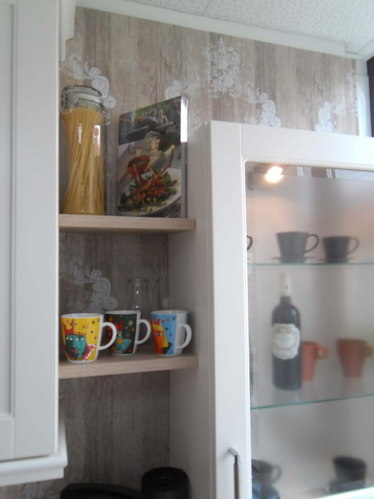 Medium Size of Aufsatzschrank Küche Dekorative Nischenborde Mit Und Facettenglas Sitzecke Küchen Regal Einbauküche Günstig Finanzieren Servierwagen Gebrauchte Led Wohnzimmer Aufsatzschrank Küche