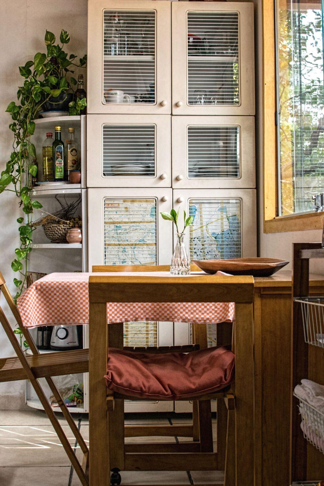 Large Size of Küche Fenster Kostenlose Bild Residenz Mit Theke Ohne Geräte Industrielook Regal 120x120 Kaufen In Polen Alno Hannover Deko Für Internorm Preise Tauschen Wohnzimmer Küche Fenster