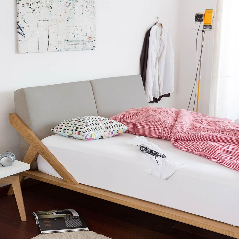 Full Size of Bett Design Holz Massivholz Betten Schlicht Nordic Space Blickfang Designshop Lattenrost 180x200 Schwarz Esstisch Dico Jugendzimmer Modern 90x200 Weiß Mit Wohnzimmer Bett Design Holz