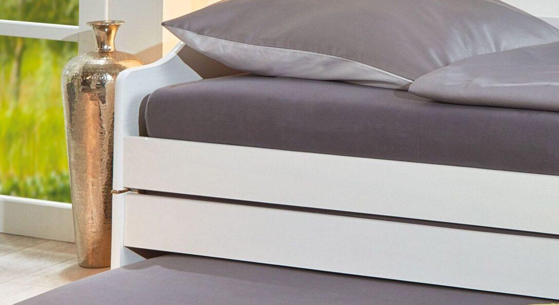 Large Size of Bett Ausziehbar Gleiche Ebene Ikea Funktionsbett Aus Massiver Kiefer Mit Drei Schlafpltzen 3 In 1 Betten 200x220 Poco 90x200 Lattenrost Und Matratze Günstige Wohnzimmer Bett Ausziehbar Gleiche Ebene