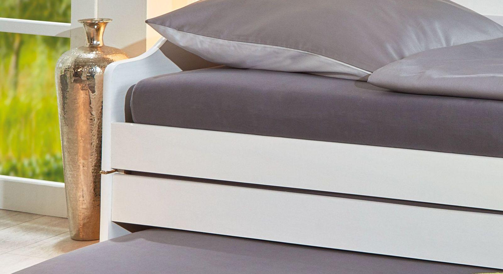 Full Size of Bett Ausziehbar Gleiche Ebene Ikea Funktionsbett Aus Massiver Kiefer Mit Drei Schlafpltzen 3 In 1 Betten 200x220 Poco 90x200 Lattenrost Und Matratze Günstige Wohnzimmer Bett Ausziehbar Gleiche Ebene