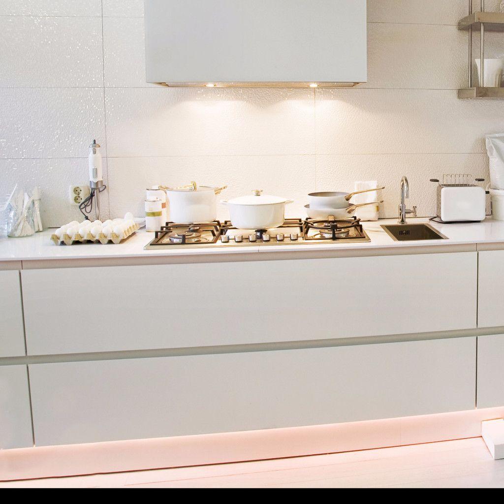 Full Size of Voxtorp Küche Ikea Kche Metod Montageanleitung 8 Real Life Looks At Ikeas Mit Geräten Hängeschrank Höhe Rosa Gebrauchte Einbauküche Schmales Regal Wohnzimmer Voxtorp Küche Ikea