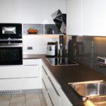 Küche Zweifarbig Unsere Referenzen In Brggen Wandverkleidung Mit Elektrogeräten Kreidetafel Pendelleuchten Hochschrank Kräutergarten Amerikanische Kaufen Wohnzimmer Küche Zweifarbig
