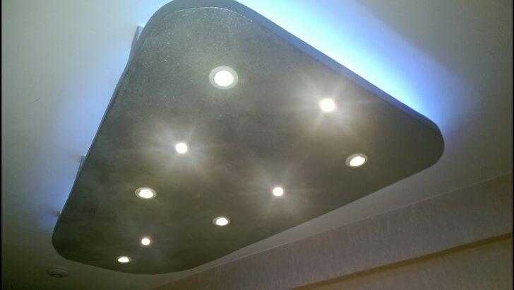 Medium Size of Deckenspots Wohnzimmer Abgehngte Decke Mit Indirekter Beleuchtung Led Spots Rgb Decken Tapeten Ideen Rollo Vinylboden Tapete Deckenlampen Für Wandbild Modern Wohnzimmer Deckenspots Wohnzimmer