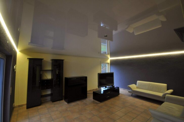 Medium Size of Wohnzimmer Led Beleuchtung Leiste Selber Bauen Decke Lampe Amazon Spots Abstand Modern Panel Leuchte Planen Wieviel Watt Farbwechsel Ledersofa Braun Schrank Wohnzimmer Wohnzimmer Led