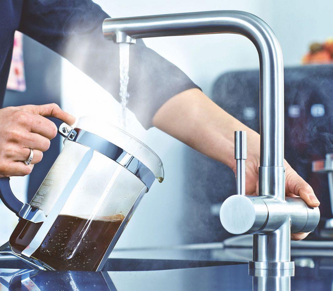 Full Size of Franke Armatur Mondial 3 In 1 Festauslauf Edelstahl Kochwasser Armaturen Küche Bad Dusche Unterputz Niederdruck Frankenhausen Hotel Badezimmer Wandarmatur Wohnzimmer Franke Armatur
