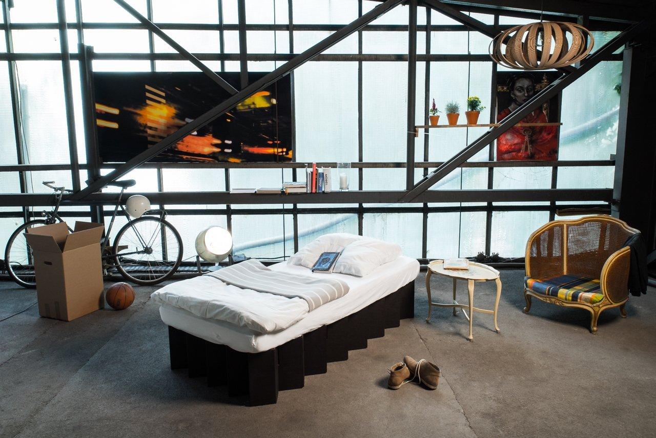 Full Size of Pappbett Ikea Room In A Bopappbett Küche Kosten Miniküche Betten 160x200 Sofa Mit Schlaffunktion Modulküche Bei Kaufen Wohnzimmer Pappbett Ikea