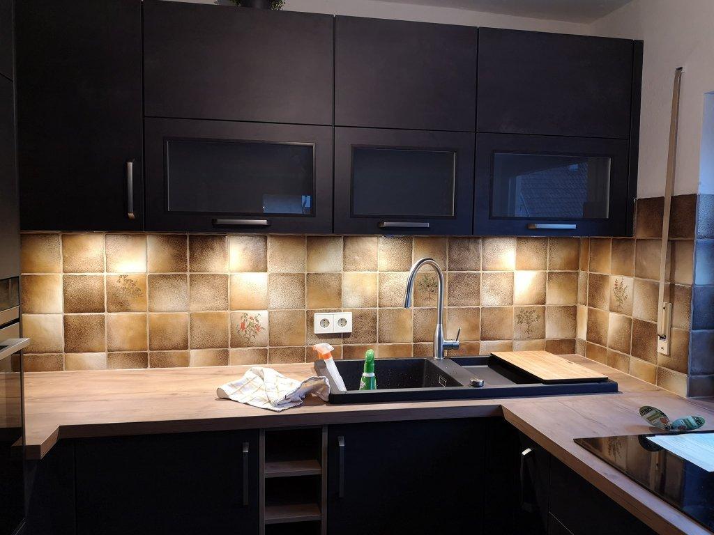 Full Size of Fliesen Streichen Mit Kreidefarbe Misspompadour Fliesenspiegel Küche Selber Machen Glas Küchen Regal Wohnzimmer Küchen Fliesenspiegel