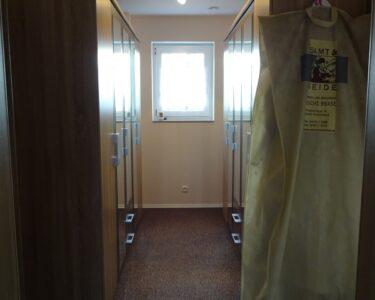 Bodentiefe Fenster Geteilt Wohnzimmer Bodentiefe Fenster Geteilt Geteilte Sichtschutz Ein Traumhaus Fr Familie S Haustour Mdchentraum Ankleidezimmer Online Konfigurieren Rostock Dampfreiniger
