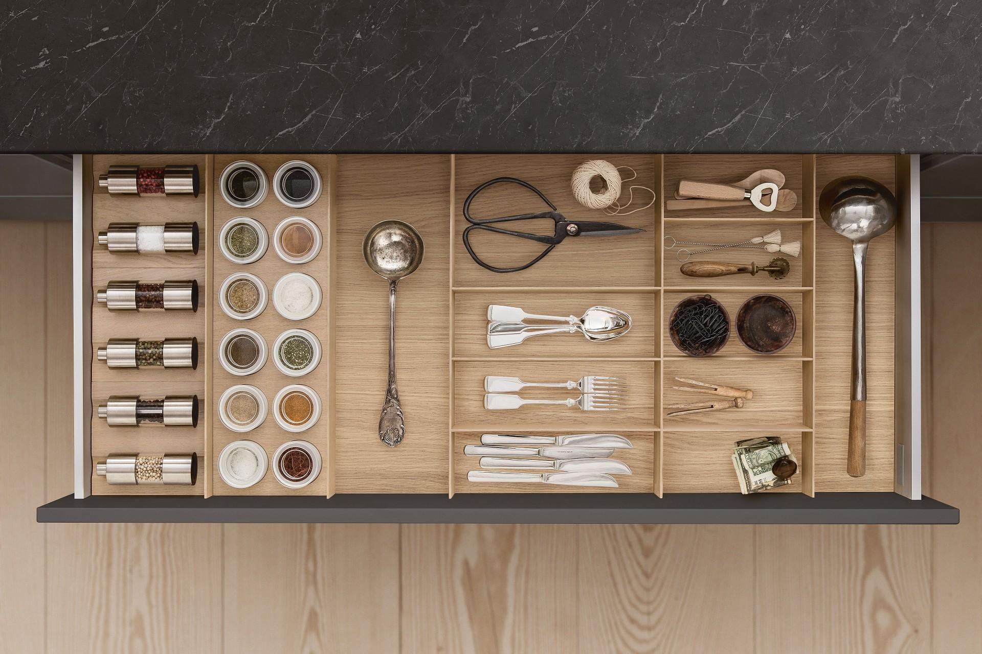 Full Size of Kchenausstattung Von Siematic Individuell Schubladeneinsatz Küche Wohnzimmer Gewürze Schubladeneinsatz