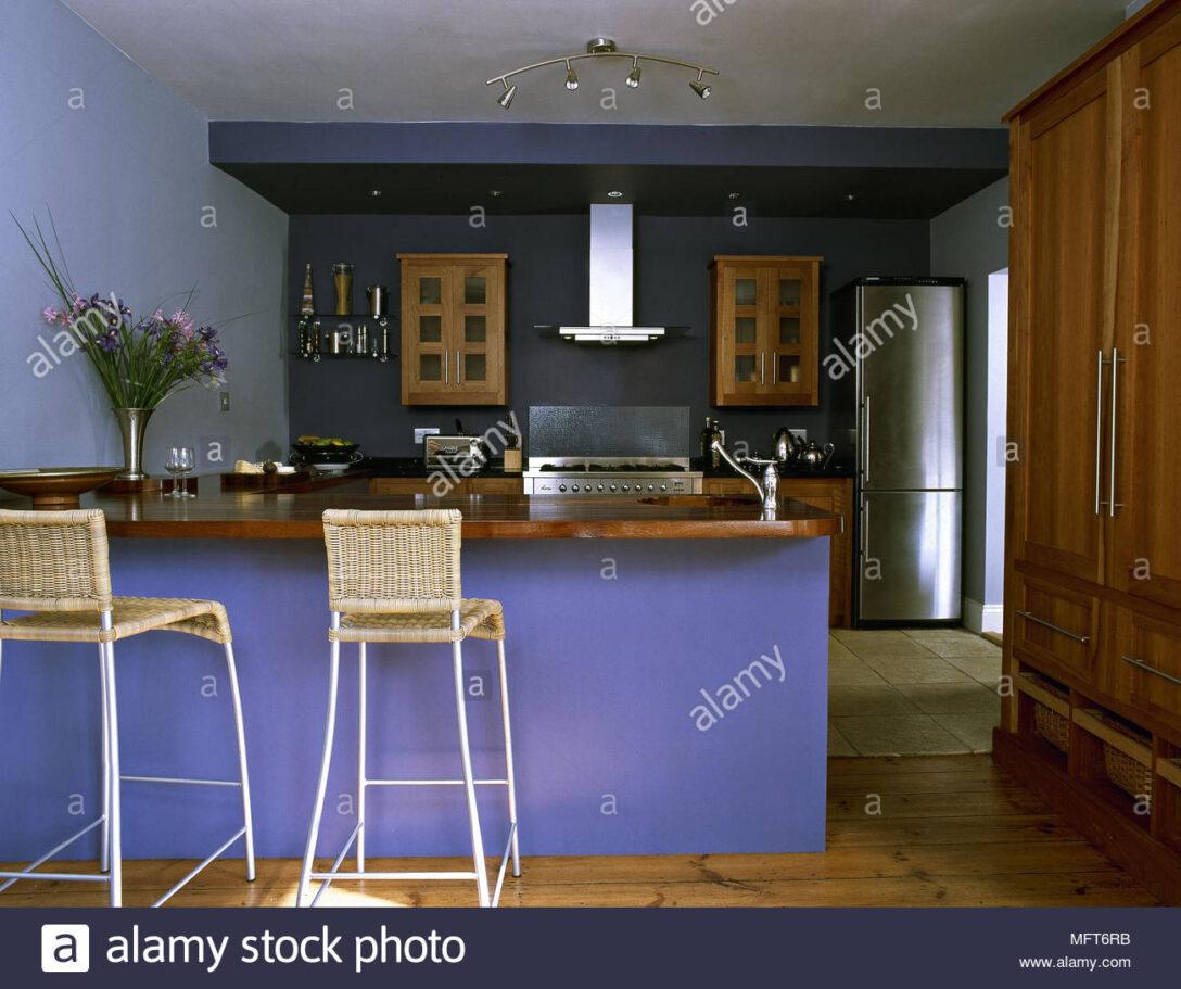 Large Size of Küche Blau Bodenfliesen Pino Landhausküche Gebraucht Massivholzküche Günstig Mit Elektrogeräten Doppel Mülleimer Umziehen Fettabscheider Bank Weiß Wohnzimmer Küche Blau