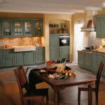 Küchen Rustikal Landhauskche In Fichte Und Feige Rustikaler Esstisch Rustikales Bett Küche Regal Holz Wohnzimmer Küchen Rustikal