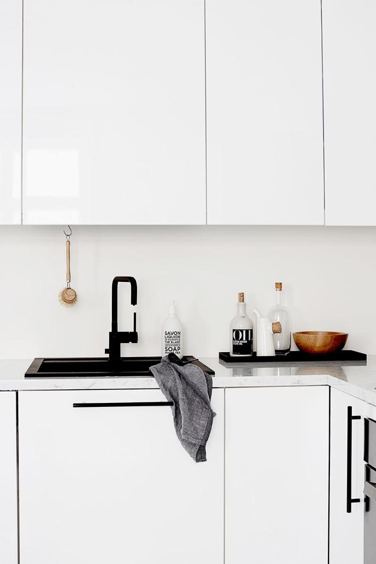 Full Size of Wie Knnen Sie Eine Granitsple Reinigen Wissenswerte Pflegetipps Küche Planen Einbauküche Ohne Kühlschrank Nolte Kunstleder Sofa Weiß Ausstellungsküche Wohnzimmer Waschbecken Küche Weiß