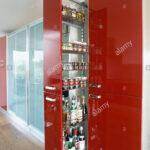 Ausziehbare Ablagen In Roten Vorratsschrank Schrank Modernen Vinyl Küche Blende Fliesenspiegel Alno Selbst Zusammenstellen Buche Betonoptik Sprüche Für Die Wohnzimmer Ablage Küche