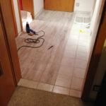 Fußbodenfliesen Küche Bodenfliesen Bekleben Holzoptik Grau Resimdo Landhaus Bodenbeläge Schubladeneinsatz L Form Sockelblende Weiß Hochglanz Arbeitsschuhe Wohnzimmer Fußbodenfliesen Küche